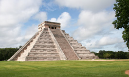 Temple of Kukulkan in Chichen Itza
